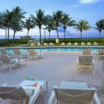 Holiday Inn South Beach Poolside